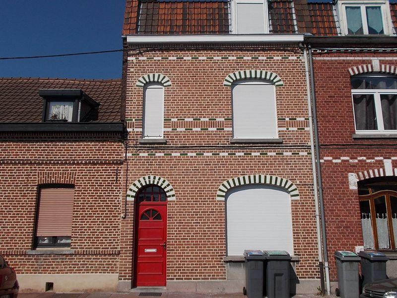 photo ravalement de facade maison top ravalement de faade maison with photo ravalement de. Black Bedroom Furniture Sets. Home Design Ideas