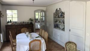 Rénovation de peinture dans un salon et une salle à manger à Marcq-En-Baroeul
