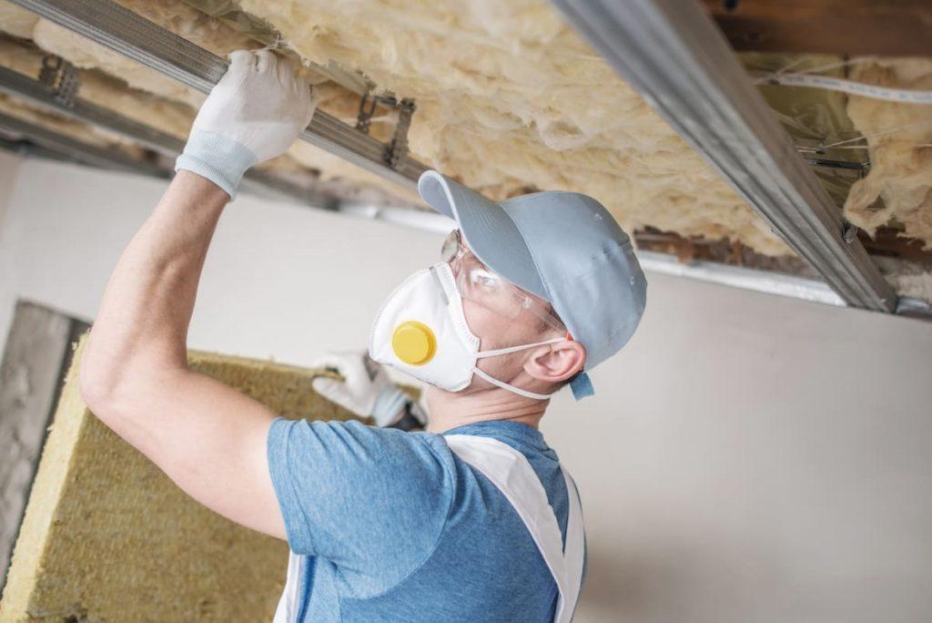 guide-renovation-energetique-logement-isolation-plafond